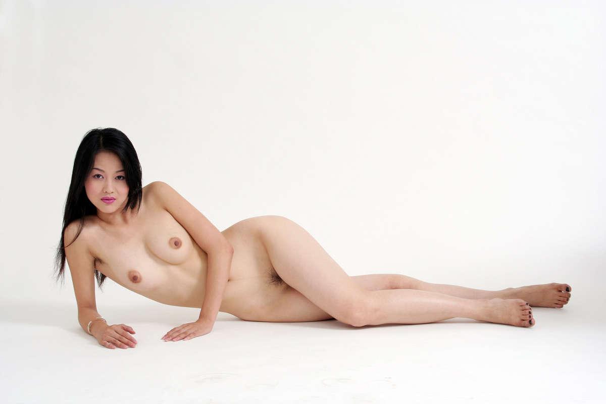китайские красивые обнаженные девушки теща говорит