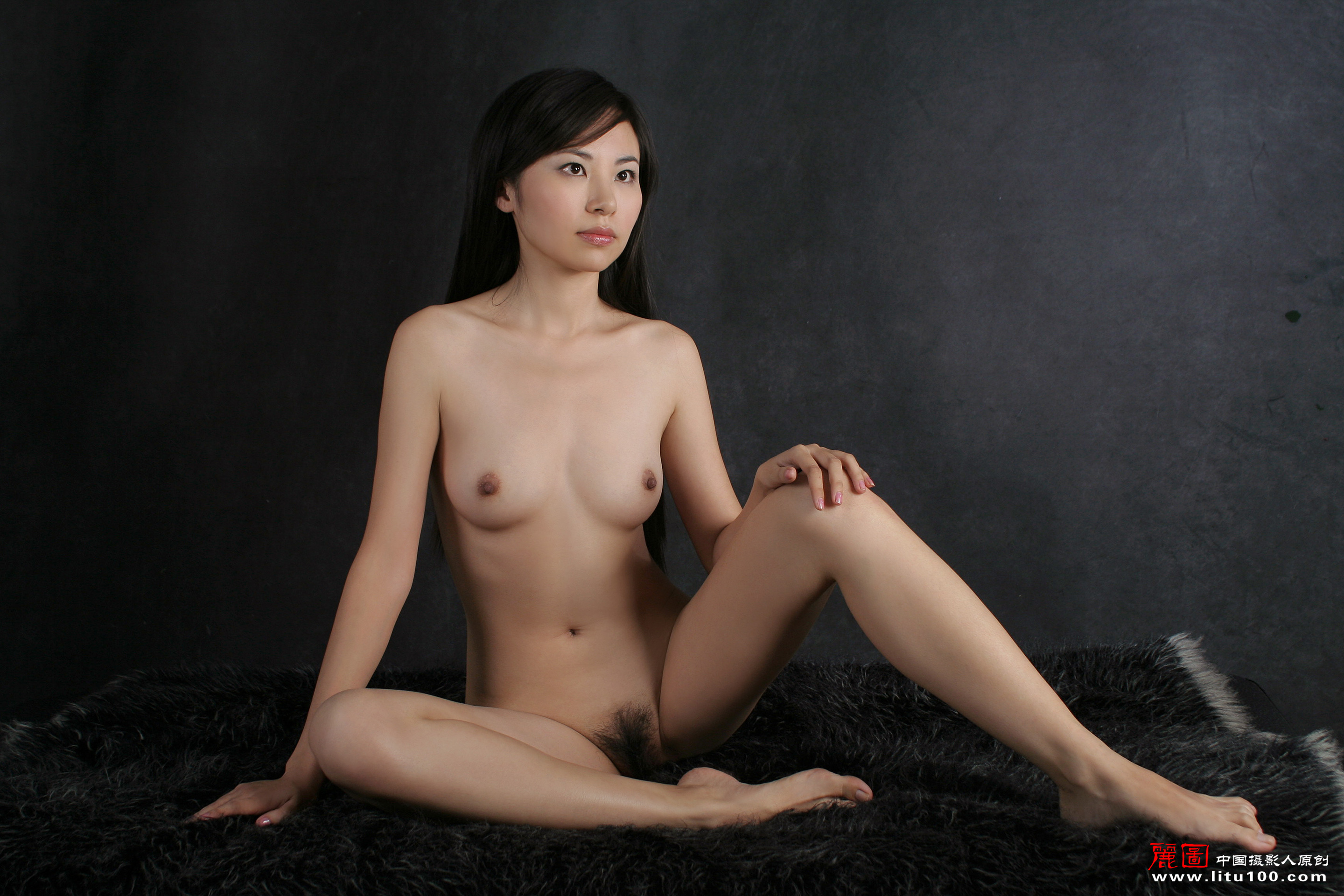 China pussy fleshy vulva nude girls pictures