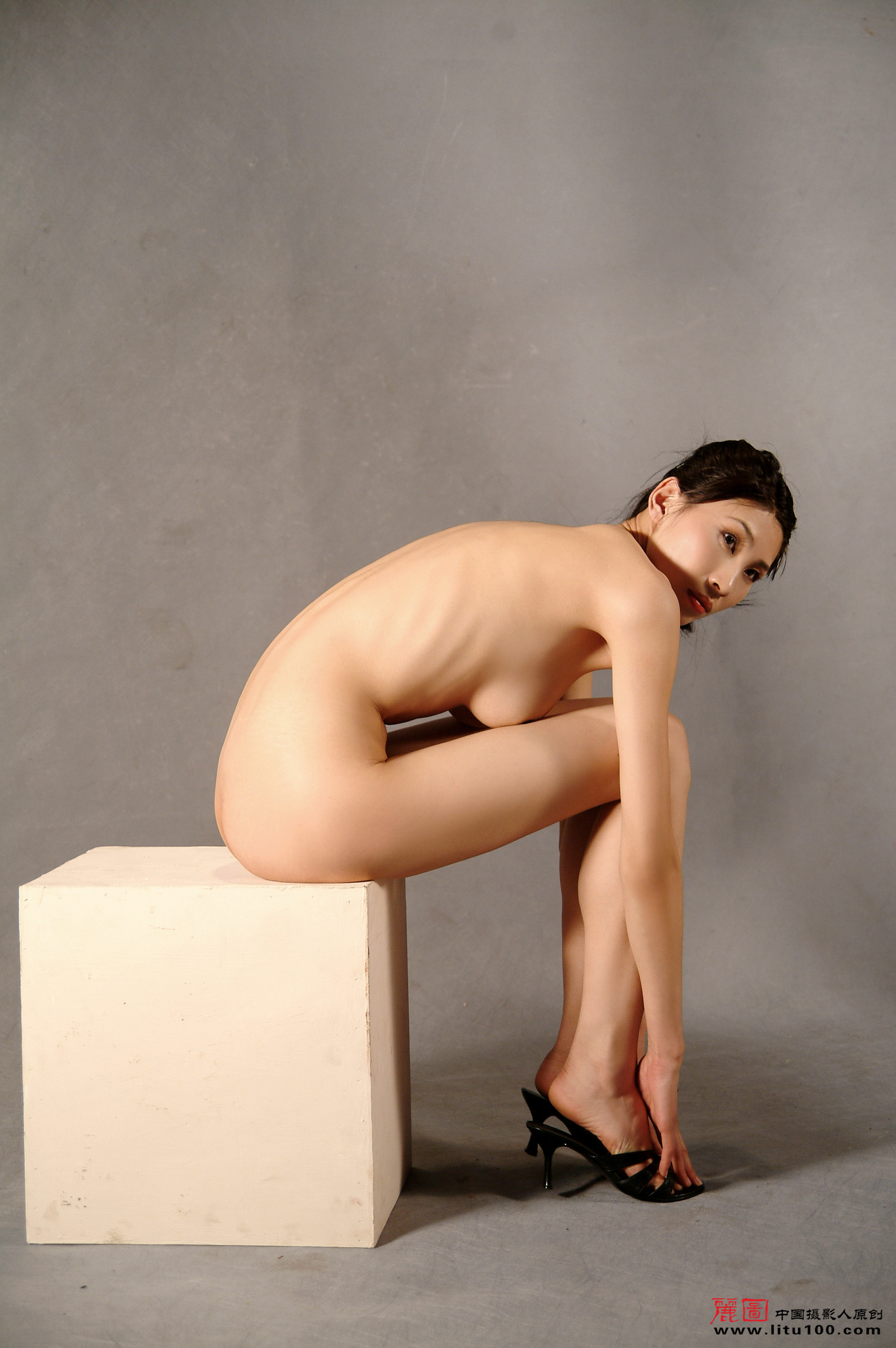 nude artist model photos