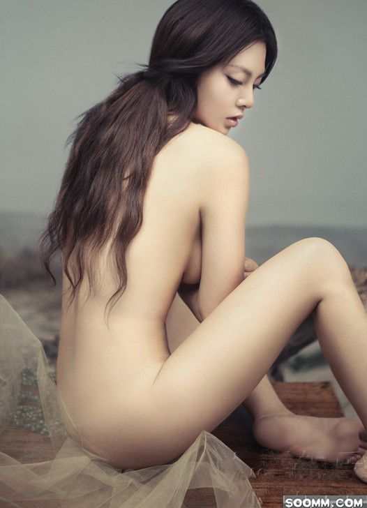 chinese-nude-art-models-sexy-wife-with-glasses-nude