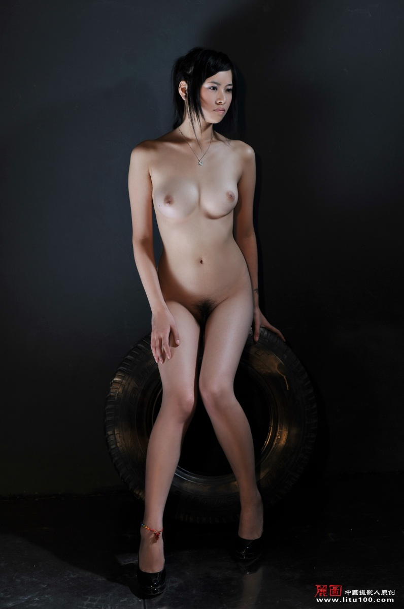 chinese nude model girls photo